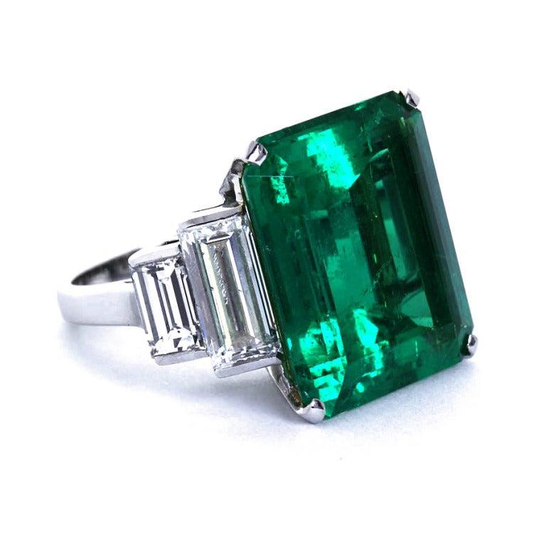 16.68 Carat Emerald Diamond Platinum Ring 2