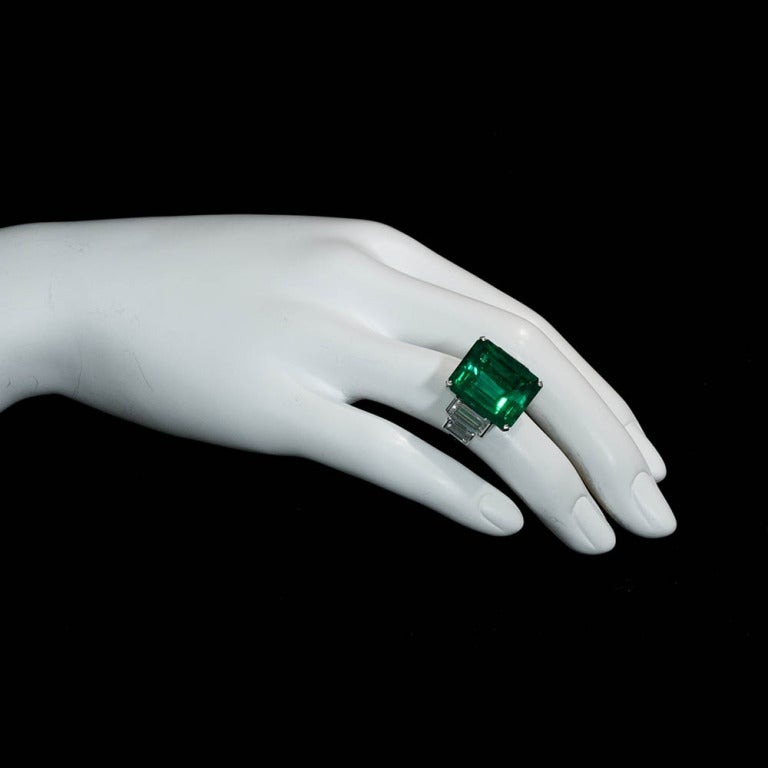 16.68 Carat Emerald Diamond Platinum Ring 6