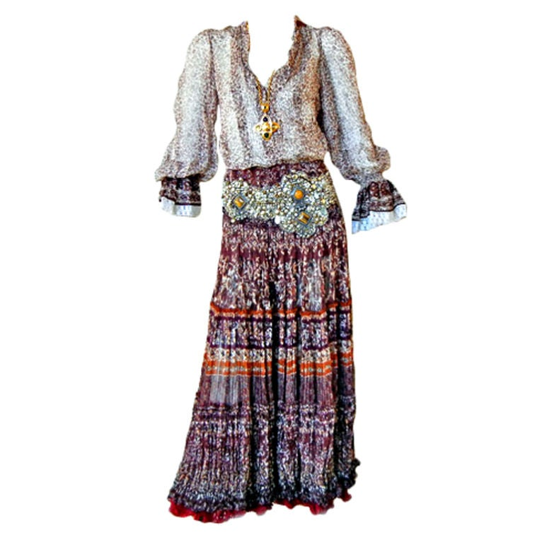 Oscar De La Renta Runway Bohemian Chic Peasant Blouse and Skirt - New- Sale!  For Sale
