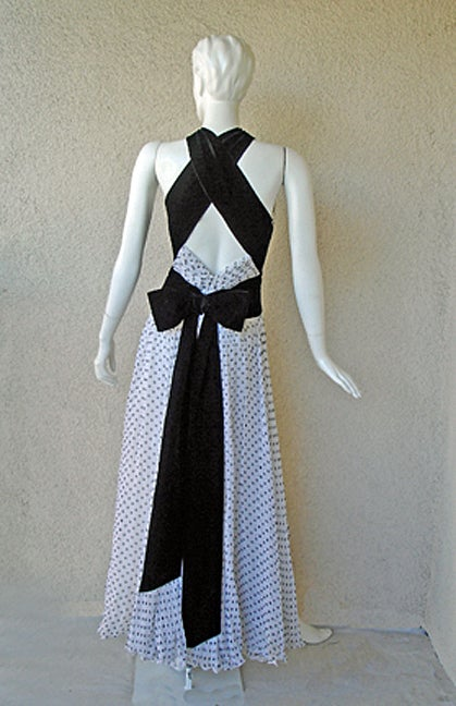 Women's Divine Jacqueline de Ribes Parisian Polkadot Silk Evening Dress For Sale