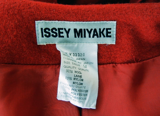 Women's Rare Issey Miyake Wearable Met Museum Art Beret Coat for Collectors, Museums For Sale