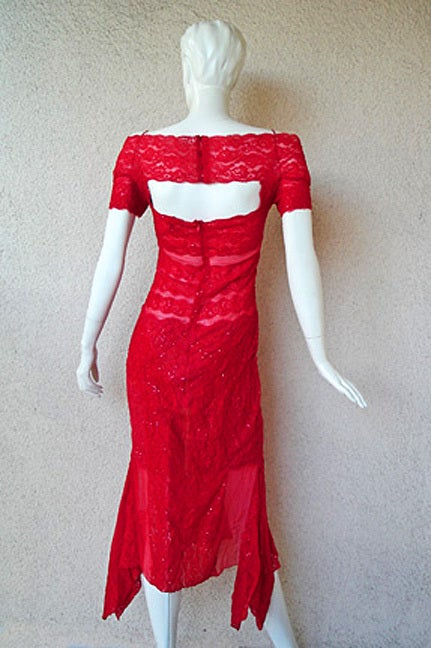 Gianfranco Ferre Luscious Red Beaded Lace Sheer Evening Dress For Sale 2
