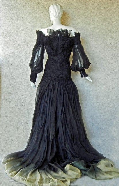 Alexander McQueen Magnificent Goth Gown by Sarah Burton (1st collection)  NEW In New Condition For Sale In Los Angeles, CA