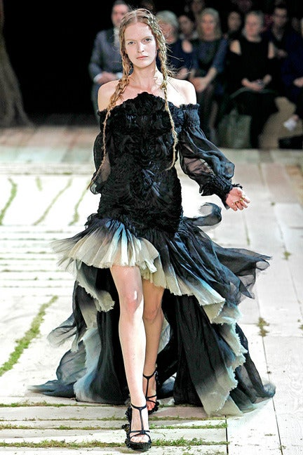 Women's Alexander McQueen Magnificent Goth Gown by Sarah Burton (1st collection)  NEW For Sale