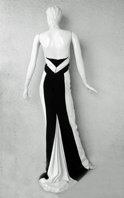 L'Wren Scott Bold Black White Color Block Geometric Pattern Halter Gown  New! In New Condition For Sale In Los Angeles, CA
