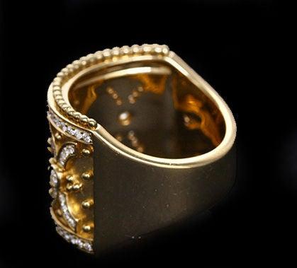 Stunning Yellow Gold and Diamond Classic Band Ring 3