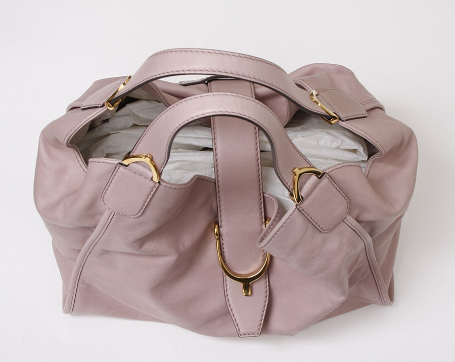 Gucci Soft Stirrup Light Pink Leather Shoulder Bag image 2