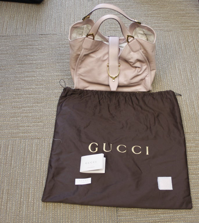 Gucci Soft Stirrup Light Pink Leather Shoulder Bag image 3