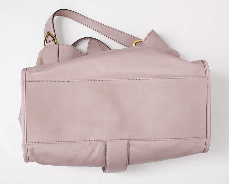 Gucci Soft Stirrup Light Pink Leather Shoulder Bag image 4