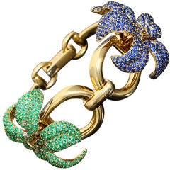 Stunning Gucci Horsebit Emerald Sapphire Gold Flower Bracelet