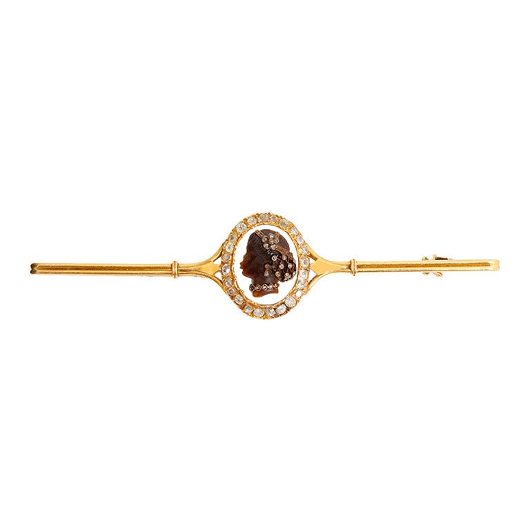 Beautiful Cameo Diamond Yellow Gold Tie Pin