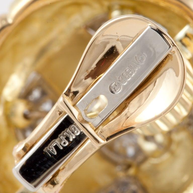 Women's DAVID WEBB Black Enamel, Diamond, & Gold Earrings For Sale