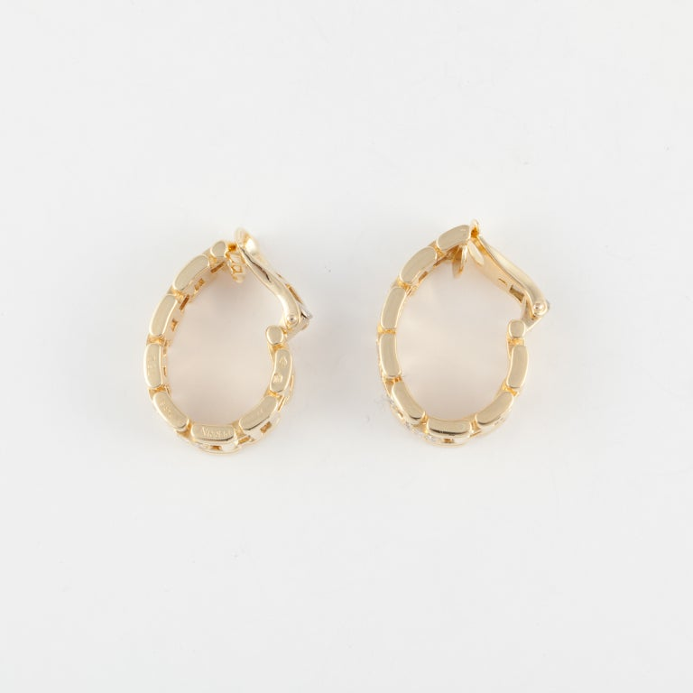 O.J. PERRIN Yellow Gold & Diamond Hoop Earrings 4
