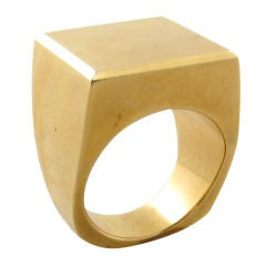 GEORG JENSEN chic geometric yellow gold ring.