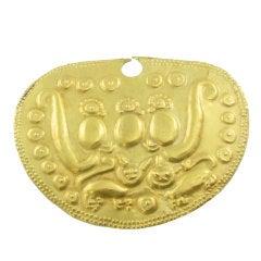 Unusual Peruvian Gold Vicus Medallion