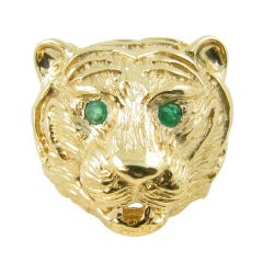 VAN CLEEF & ARPELS Gold and Emerald Lions Head Ring