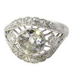 A Gorgeous Edwardian Platinum and Diamond Ring.