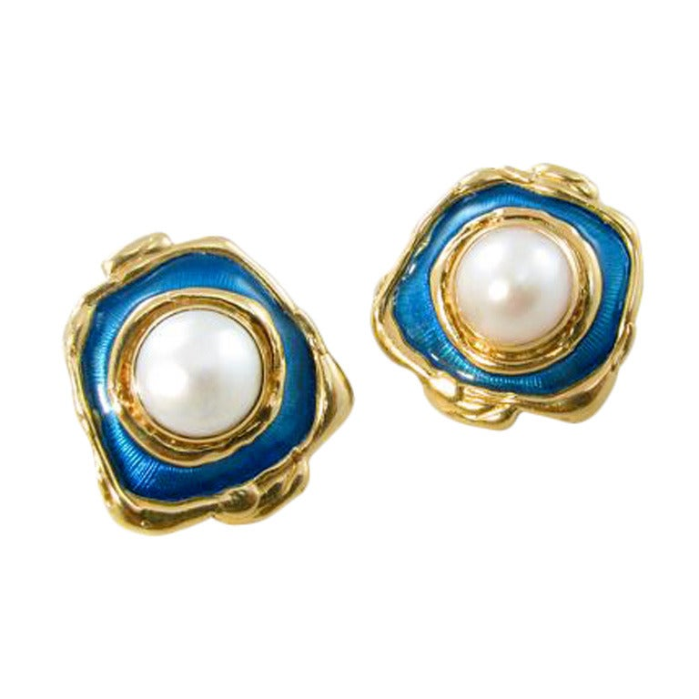 elizabeth gage yellow gold enamel and mabe pearl