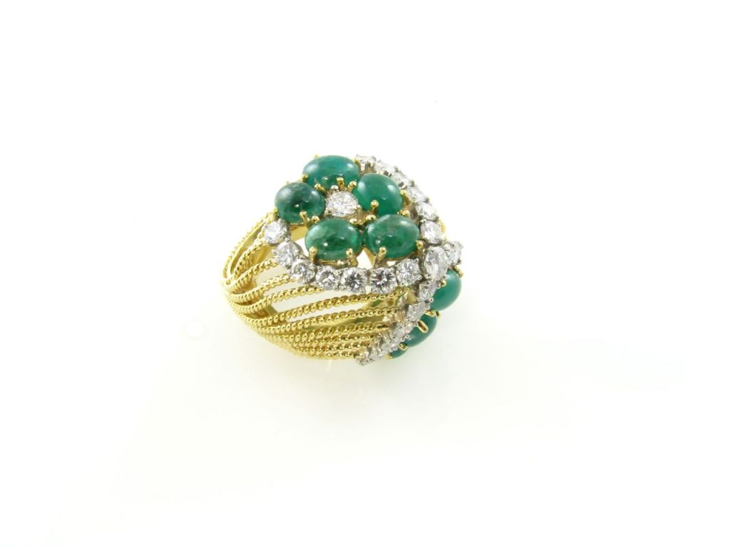 a chic cabochon emerald ring at 1stdibs