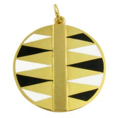 CARTIER, CIPULLO yellow gold and enamel backgammon pendant