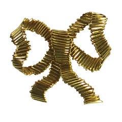 TIFFANY & CO.  Gold Bow Brooch