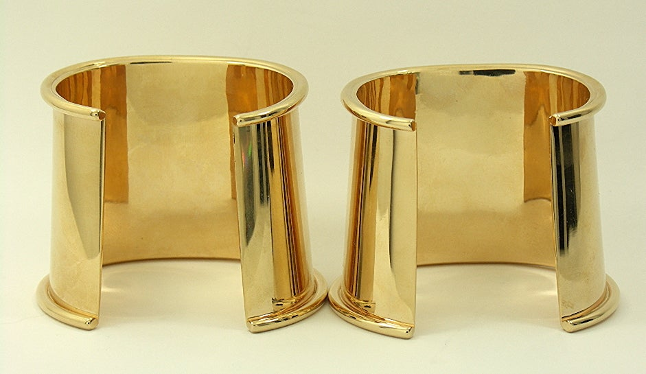 Matched Pair of Gold Cuff Bracelets image 3