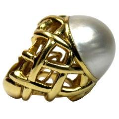 DAVID WEBB Yellow Gold and Mabe Pearl Ring
