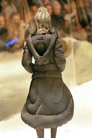 Alexander McQueen 1999 The Overlook Coat image 8