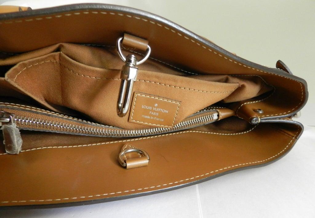 Louis Vuitton Tan EPI Passy GM Purse image 4