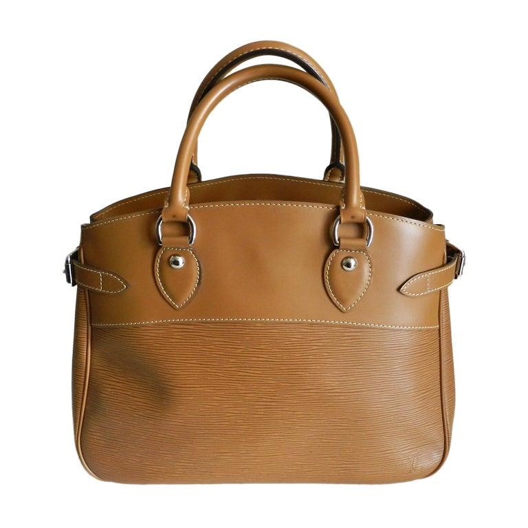 Louis Vuitton Tan EPI Passy GM Purse
