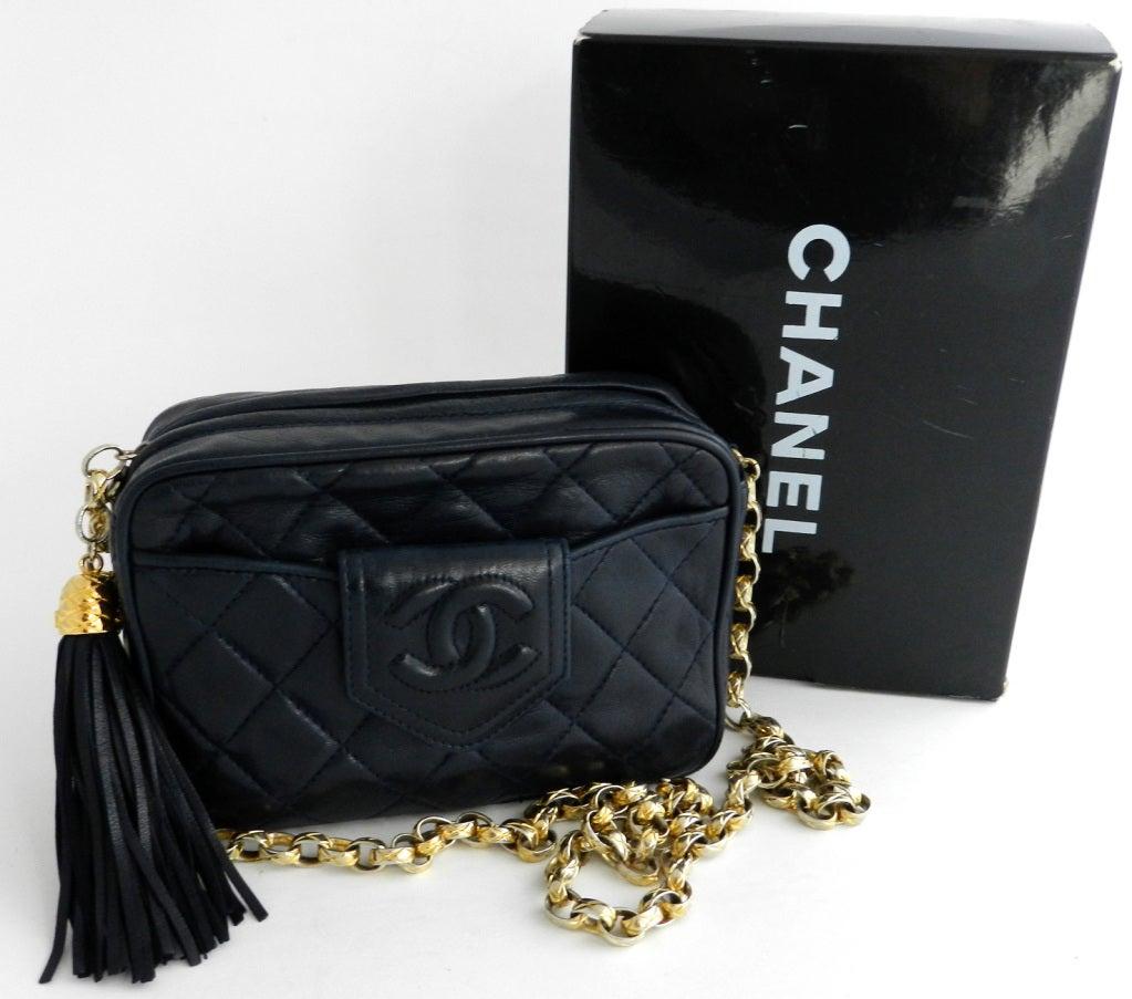 chanel vintage bag. chanel vintage navy purse / bag 2