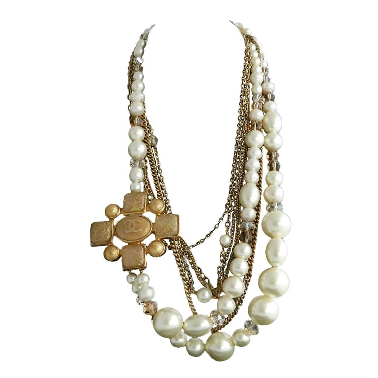 Chanel 07A Gripoix pearl necklace 1