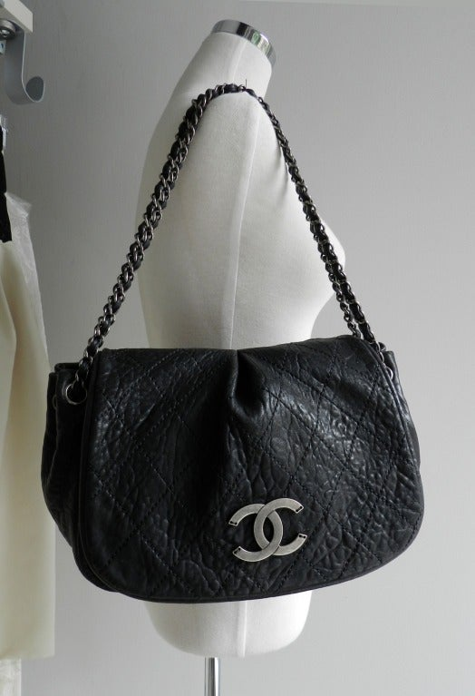 c24f66c0880fd4 ... grey color metal hardware. Double chain can be extended. Chanel Black  Bag / Purse with Gunmetal Hardware In Excellent Condition For Sale In  Toronto,