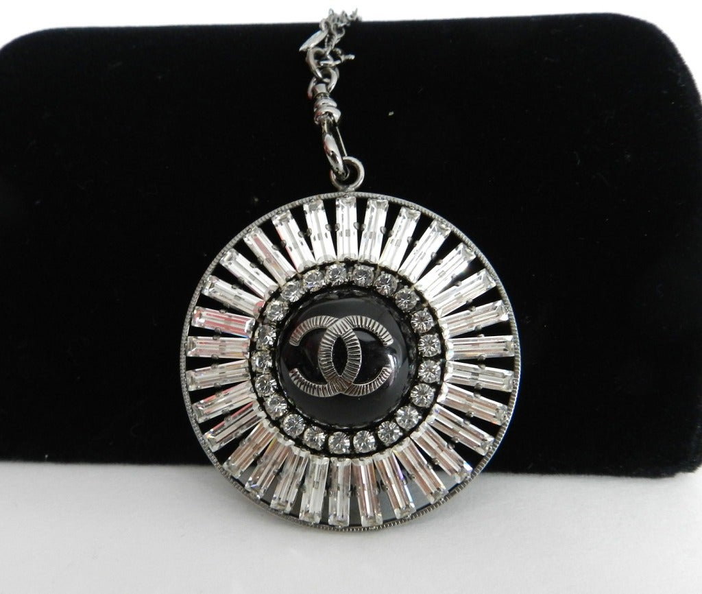 Chanel 07P Rhinestone Pendant Necklace 6