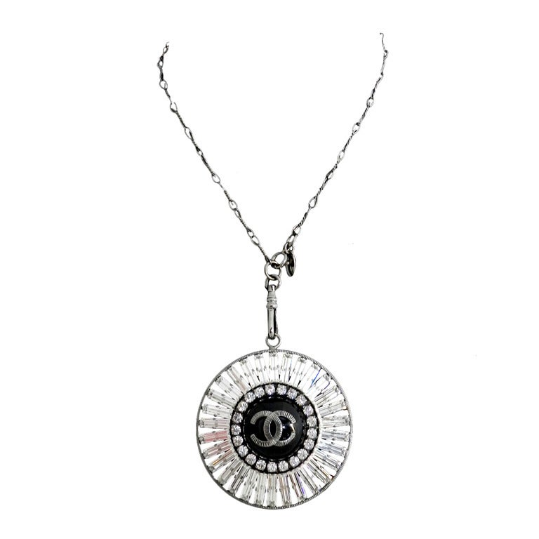 Chanel 07P Rhinestone Pendant Necklace 1