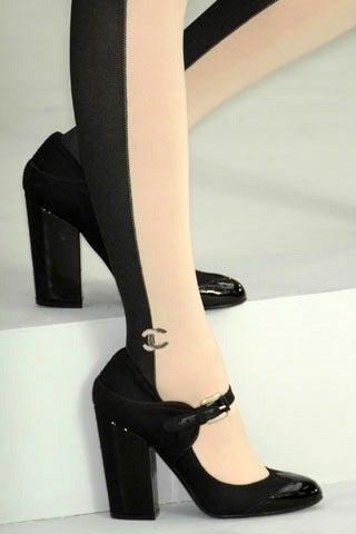 Chanel 08p Black Patent Runway Mary Jane Heels 3