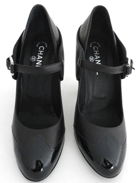 Chanel 08p Black Patent Runway Mary Jane Heels 4
