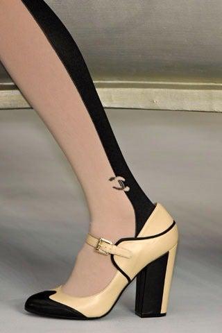 Chanel 08p Black Patent Runway Mary Jane Heels 5