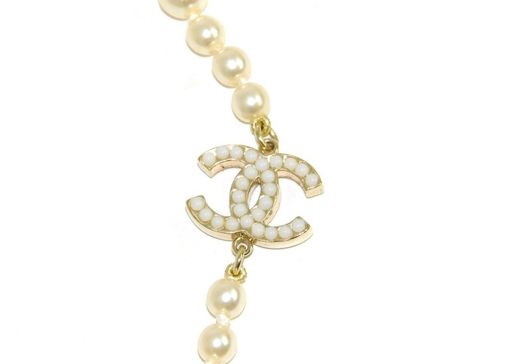 CHANEL Long Faux Pearl Necklace With Miniature Faux Pearl CC Cha 4