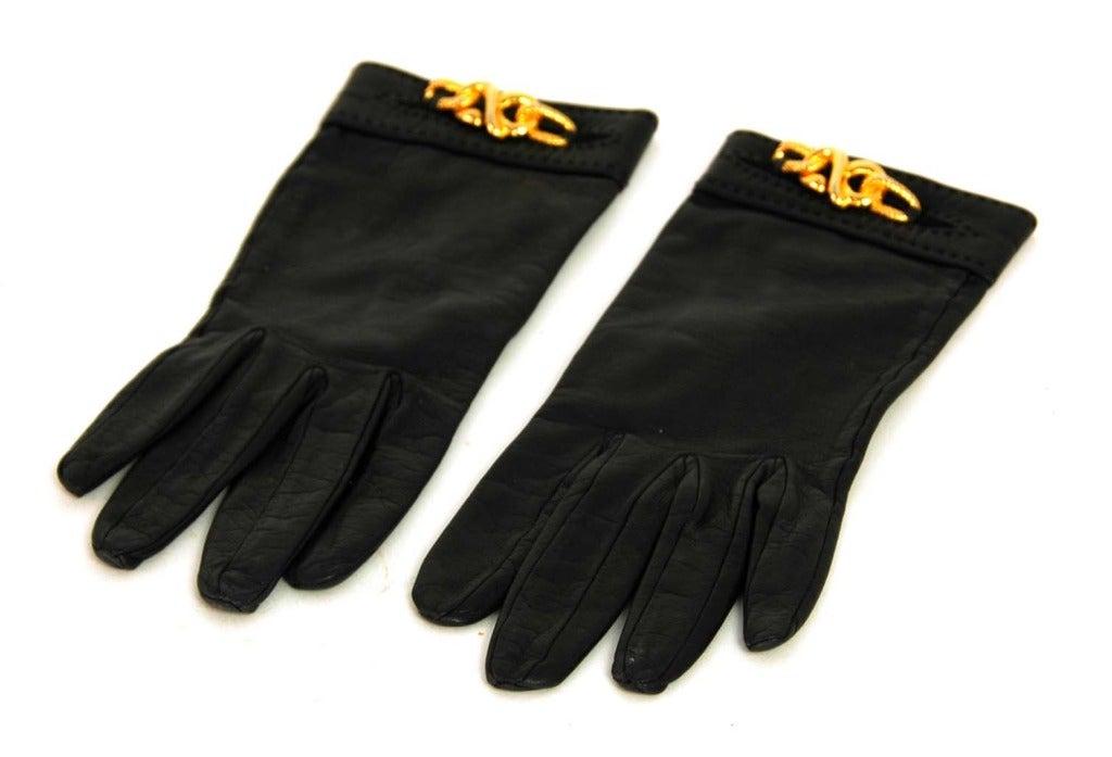 HERMES Black Leather Gloves With Gold Chain Detail 2