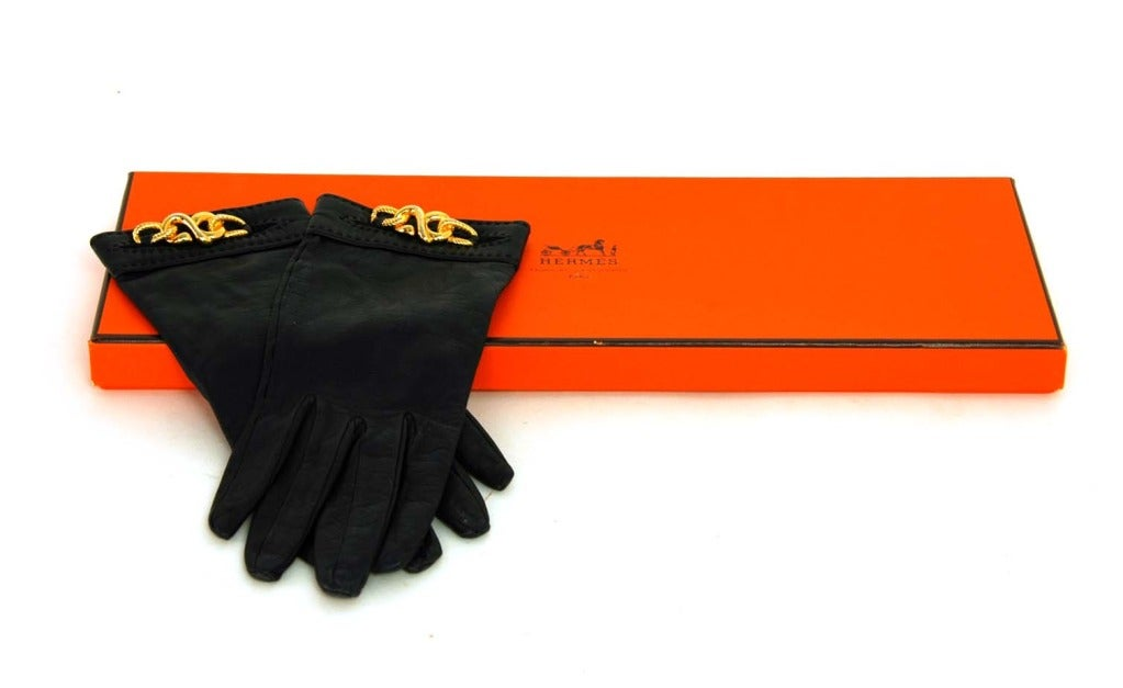 HERMES Black Leather Gloves With Gold Chain Detail 3