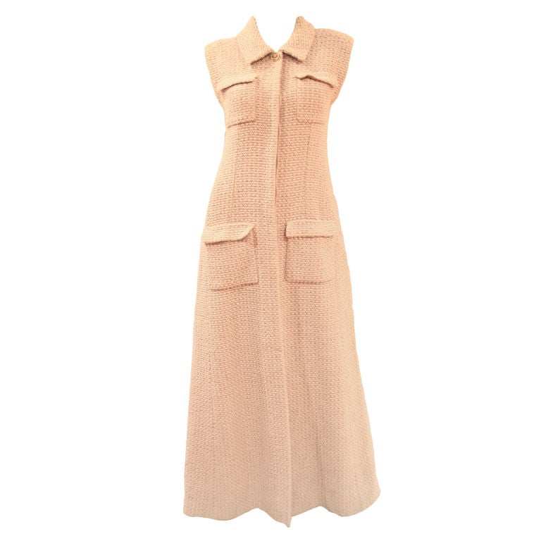 CHANEL BEIGE TWEED SLEEVELESS COAT DRESS - SZ 38 For Sale