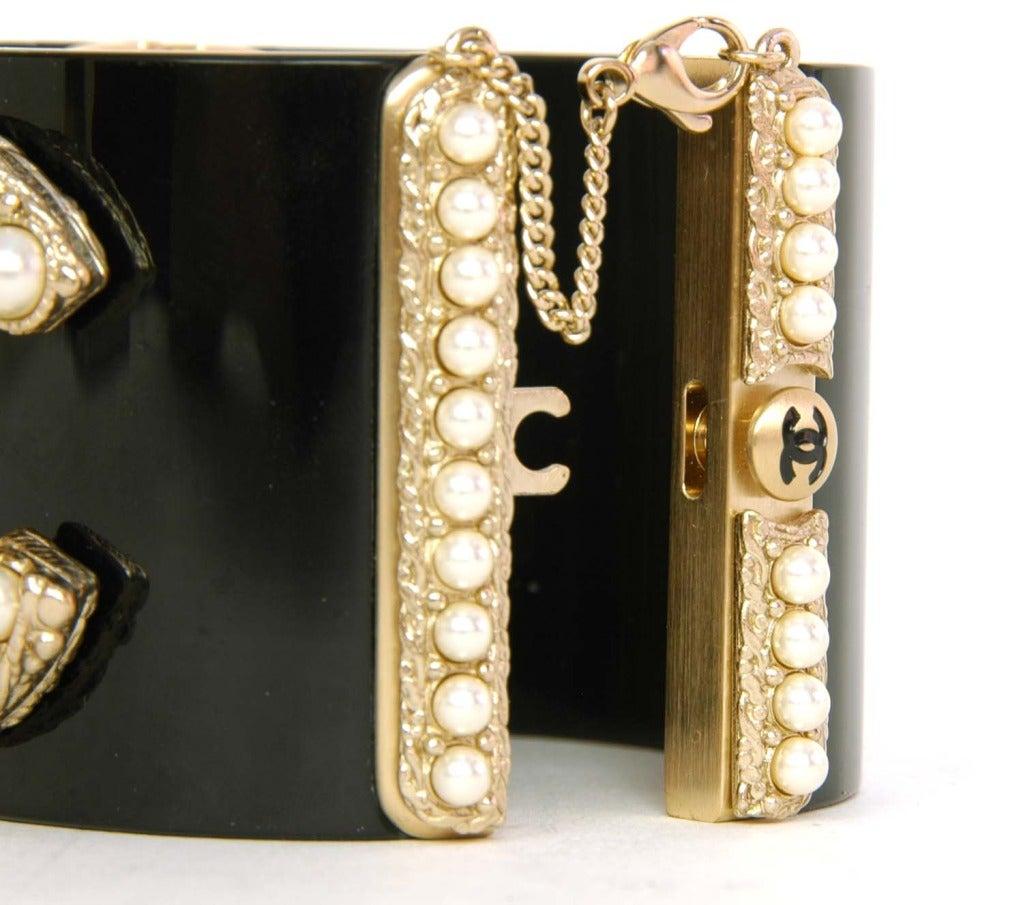 CHANEL NWT Black Resin Clamper Cuff Bracelet W. Pearl CC c. 2011 5