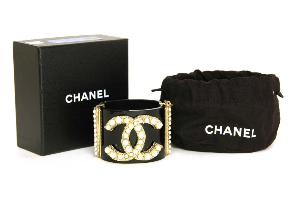 CHANEL NWT Black Resin Clamper Cuff Bracelet W Pearl CC c