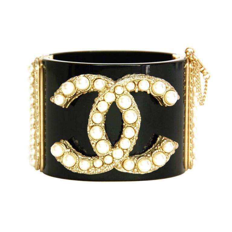 CHANEL NWT Black Resin Clamper Cuff Bracelet W. Pearl CC c. 2011 1