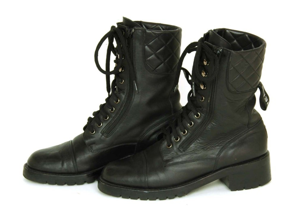 CHANEL Vintage Black Leather Combat Boots c. 1990s Sz. 40/41 In Excellent Condition For Sale In New York, NY