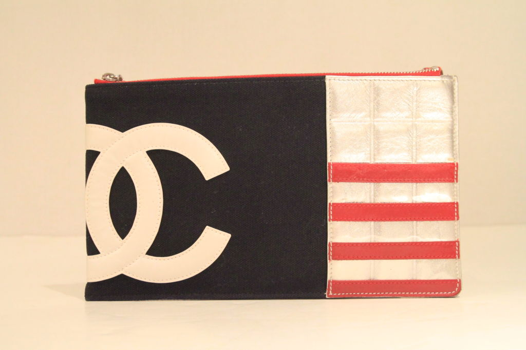 Chanel 2003 Navy/Red/Silver Canvas Leather Flag CC Pochette Bag 2