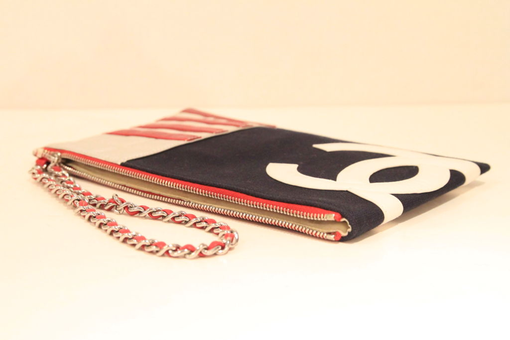 Chanel 2003 Navy/Red/Silver Canvas Leather Flag CC Pochette Bag 6