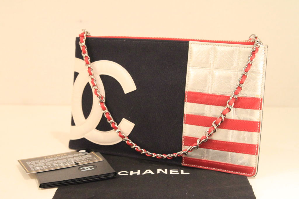 Chanel 2003 Navy/Red/Silver Canvas Leather Flag CC Pochette Bag 10