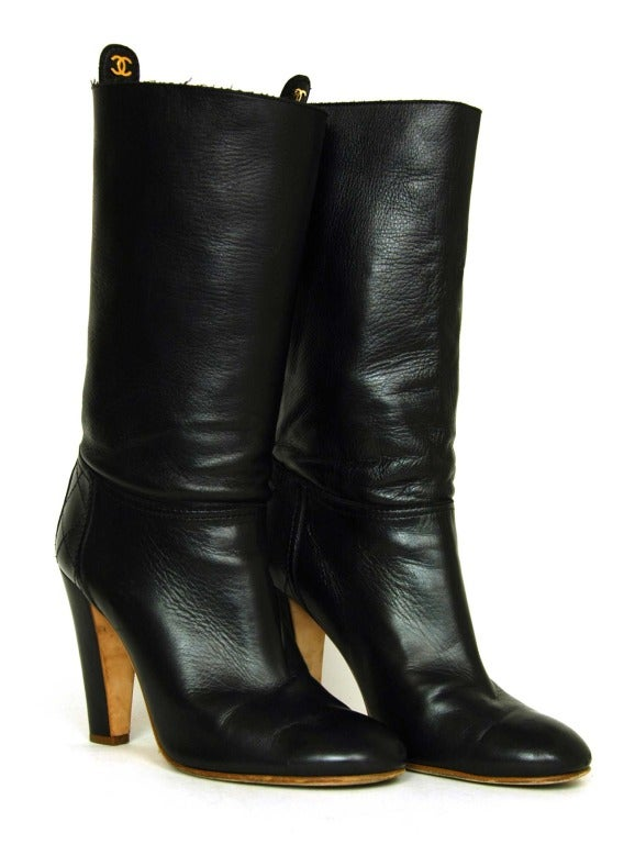 CHANEL Black Leather Short Boots W. Quilted Detail & CC Sz. 40 4